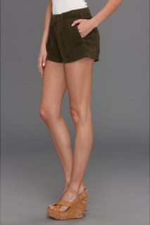 7 For All Mankind Pleated Short in Olive Drapey Twill