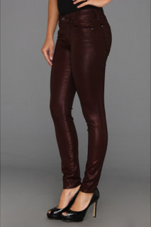 7 For All Mankind The Higher Gloss Gummy Skinny w/ Contoured Waistband in Garnet Red