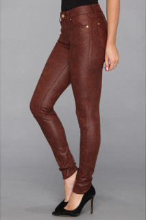 7 For All Mankind The Knee Seam Skinny w/ Contoured Waistband in Crackle Leather-Like Black