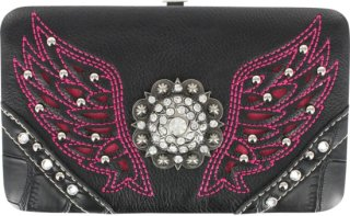 Accessories Plus Winged Concho Clasp Wallet