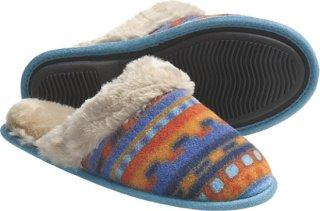 Acorn Fleece Scuff Slippers
