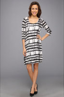 Miraclebody Marilyn Bamboo Print Dress w/ Body-Shaping Liner