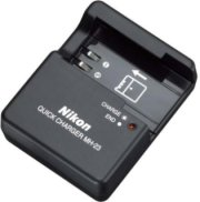 Nikon MH-23 Replacement Quick-Charger for the D40's and D60's Rechargeable Battery.